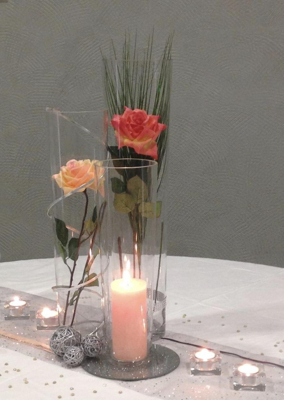Belle et fée décoration de table trio de vases cylindriques roses pêches et argent