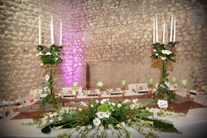 belle et fée décoration table d'honneur mariage nature chic