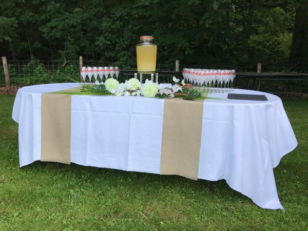 belle et fée décoration de table pour événements cocktail d'entreprise